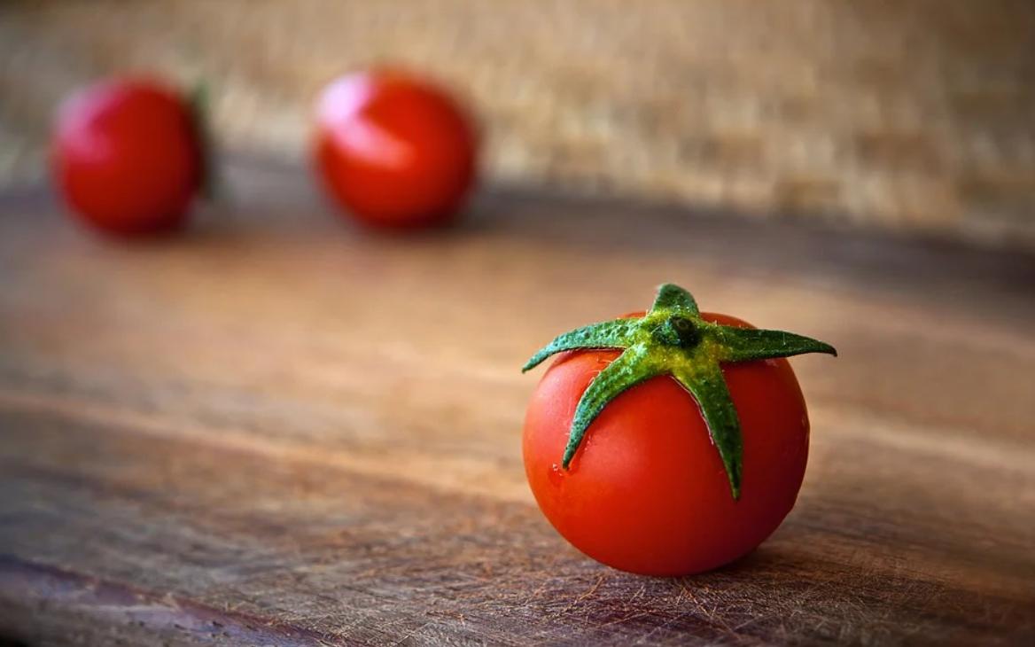 čerstvé rajče